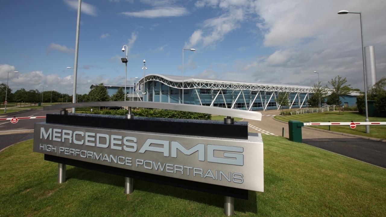 Mercedes ya trabaja «a toda máquina» en el motor de 2022
