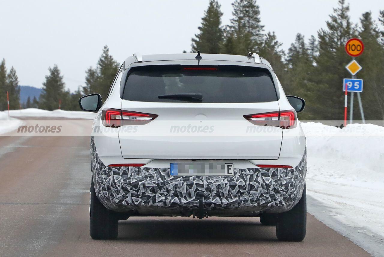 Foto espía Opel Grandland Facelift 2022 - exterior