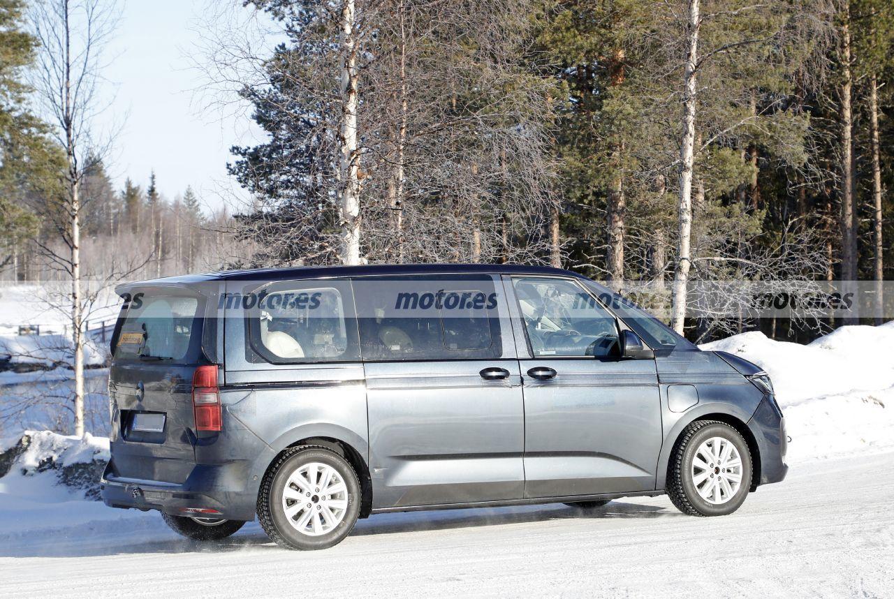 Foto espía Volkswagen Multivan eHybrid - exterior / Foto: CarPix
