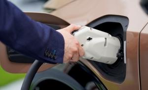 Encuesta de Nissan: el 70% de los europeos considera el coche eléctrico como una opción