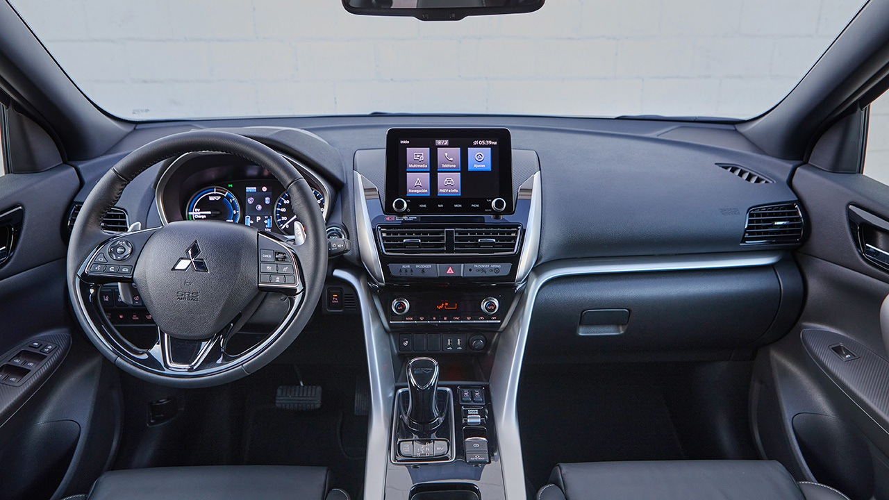 Mitsubishi Eclipse Cross PHEV - interior