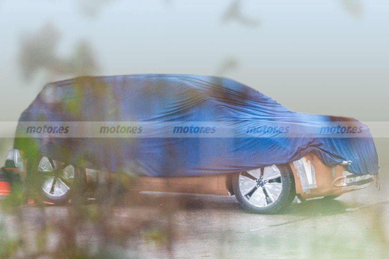 Foto espía maqueta del futuro SUV eléctrico de Ford