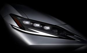 Primeras imágenes del Lexus ES facelift antes de su presentación