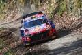 Liderato de Neuville y accidente de Rovanperä en el inicio del Rally de Croacia