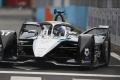 Nyck de Vries abandona el ePrix de Roma con una sanción para Valencia