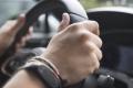 Toma el control de tu coche con los accesorios propios de un piloto de competición
