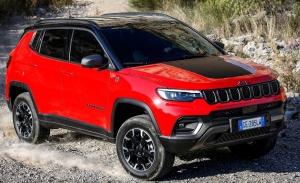 El nuevo Jeep Compass ya tiene precios en España, ¡variante híbrida incluida!