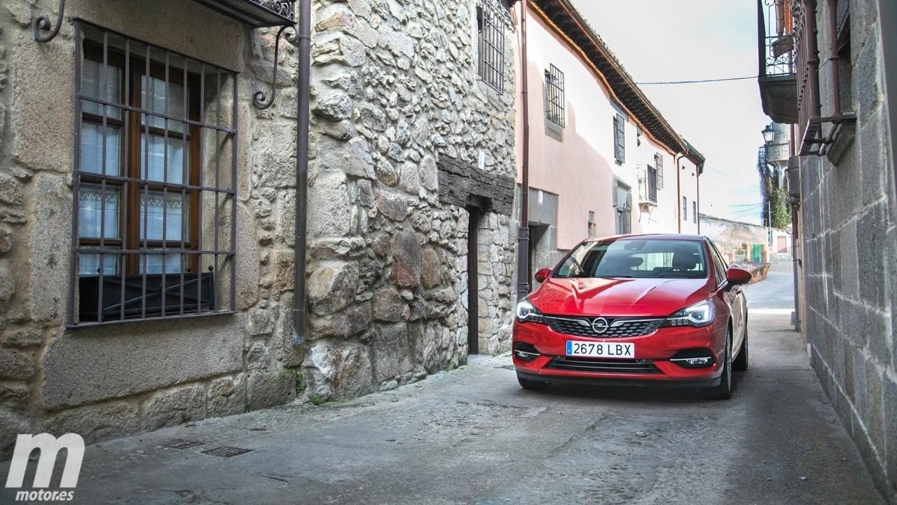 Opel Astra Design & Tech, todos los precios de una versión cargada de equipamiento
