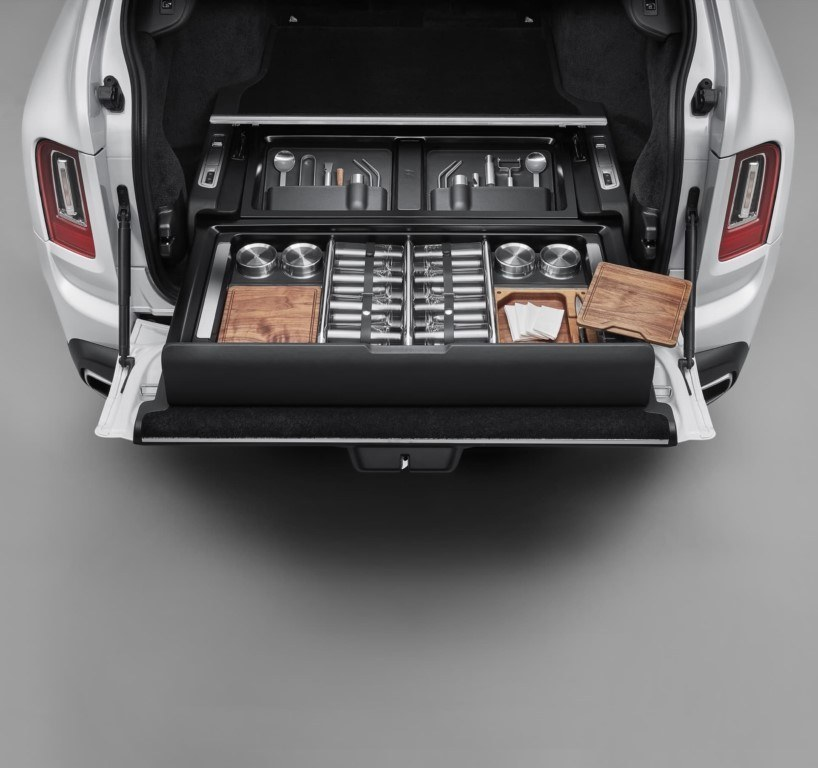 El Rolls-Royce Cullinan presenta un nuevo equipamiento para sibaritas