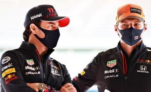 ¿Teme Red Bull que les ocurra lo mismo que a Mercedes? Horner y Wolff, al habla