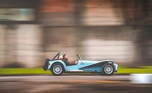 El clásico Caterham Seven también tendrá una variante 100% eléctrica en 2023