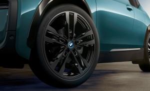 Cambiar los neumáticos de los coches eléctricos, el mayor desgaste es la clave