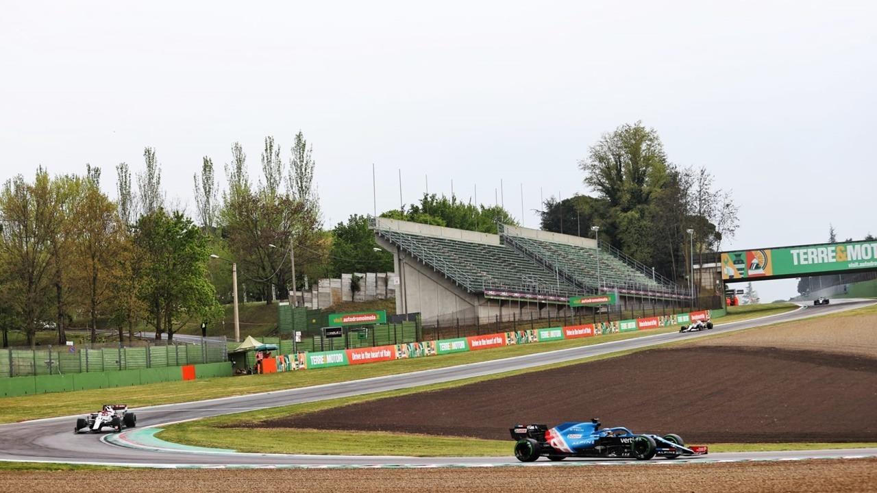 La FIA mantiene su sanción a Räikkönen: Alonso conserva el punto de Imola