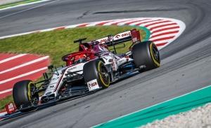 Kubica, a bordo del Alfa Romeo en los Libres 1 y test de Barcelona