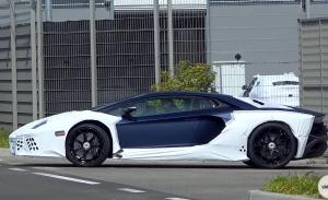 Cazada una misteriosa variante potenciada del Lamborghini Aventador [vídeo]