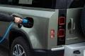Land Rover para la producción de sus híbridos enchufables por la falta de microchips