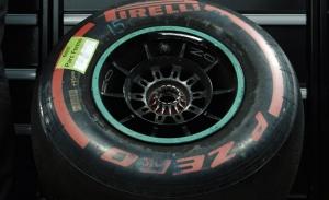 El pit-stop más largo de la historia: así consiguió sacar Mercedes la rueda de Bottas