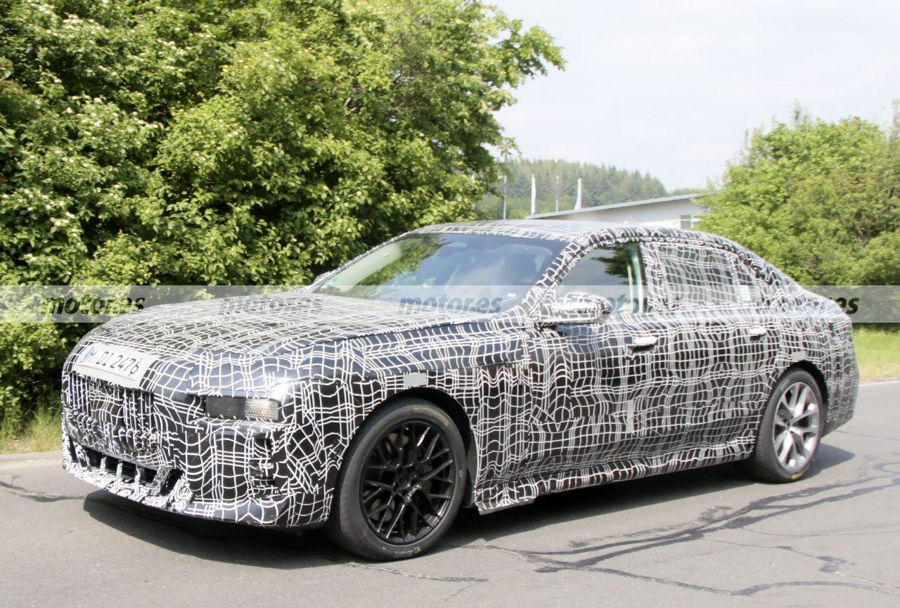Foto espía BMW Serie 7 M Sport 2023 - exterior
