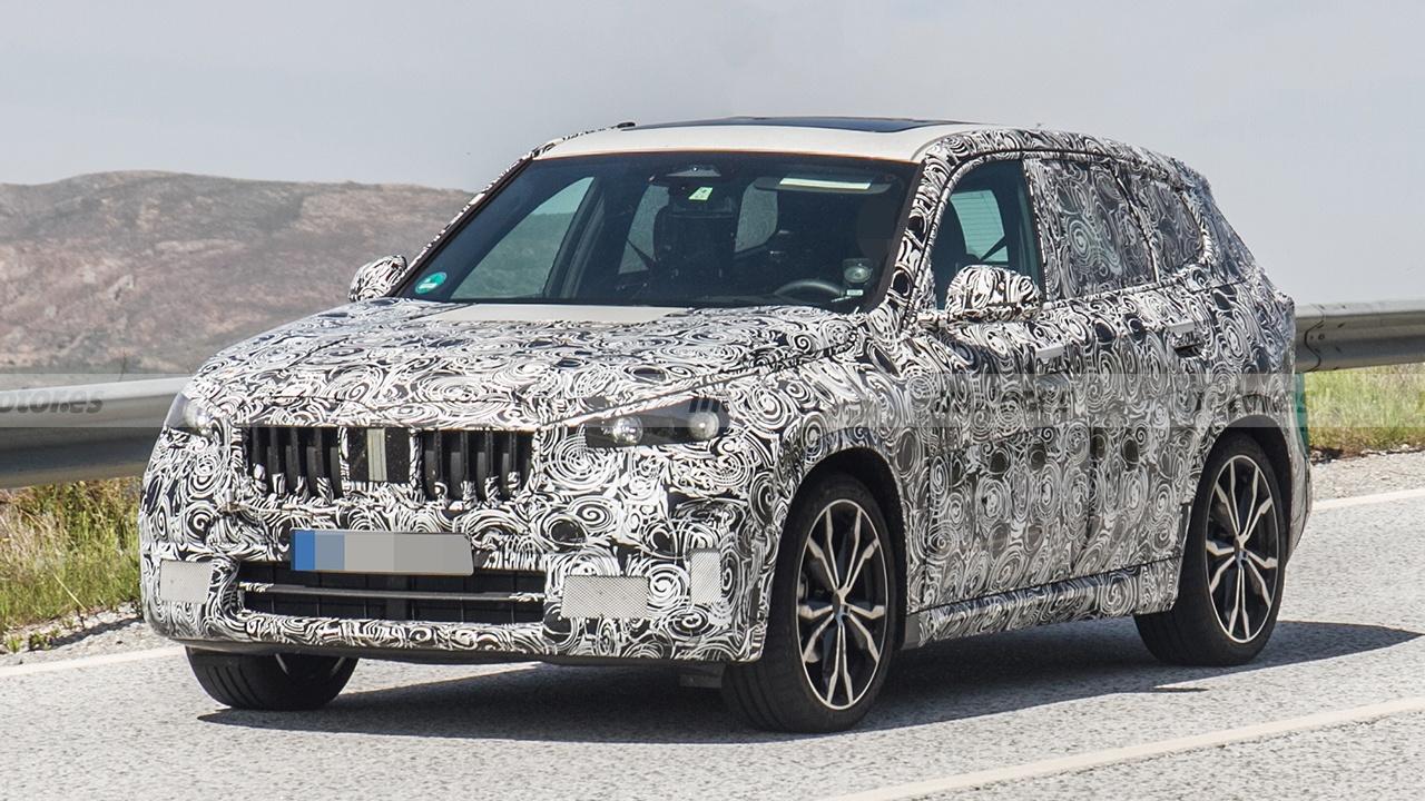El BMW X1 2022, un SUV compacto de nueva generación, cazado al plena luz del día