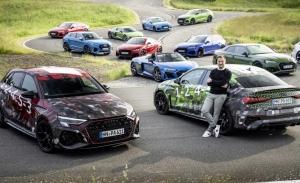 Los Audi RS 3 Sportback, y RS 3 Sedán, posan con la familia RS en un teaser