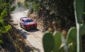 Hyundai avisa a Toyota en el shakedown del Rally de Italia-Cerdeña