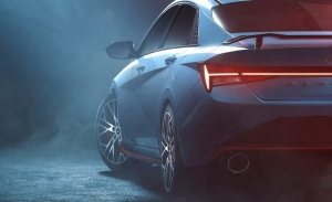 Estas primeras imágenes revelan el deportivo Hyundai Elantra N sin camuflaje