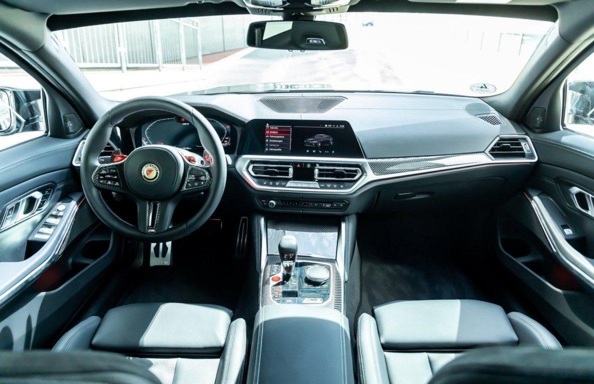 Foto MANHART MH3 600 - interior