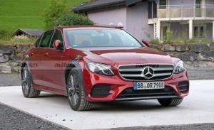 La futura generación W214 del Mercedes Clase E al descubierto por su primera mula
