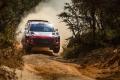 Thierry Neuville sigue al frente de un Safari Rally cada vez más duro