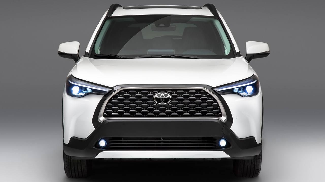 Toyota Corolla Cross - frontal