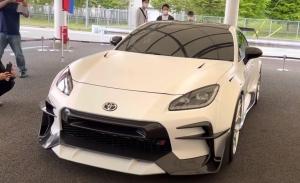 El Toyota GR 86 estrena dos impresionantes kits aerodinámicos de Gazoo Racing