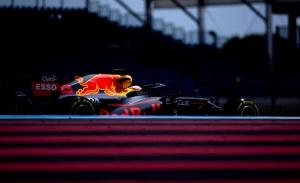 Verstappen mete miedo antes de la lucha por la pole, con Sainz y Alonso en el 'top 10'