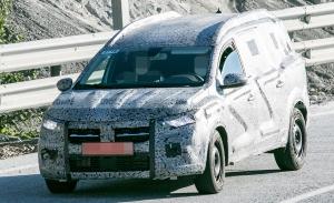 El nuevo crossover de 7 plazas de Dacia al detalle en estas fotos espía