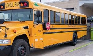 """En EEUU piensan usar autobuses escolares como """"plantas eléctricas"""" móviles"""