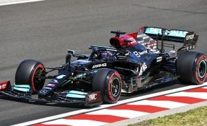 Hamilton manda sobre Verstappen antes de la clasificación por menos de una décima