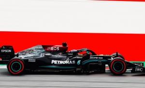 Hamilton y Bottas advierten a Verstappen: en mojado van mejor