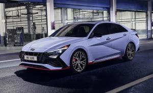 Se estrena el nuevo Hyundai Elantra N 2022 con una imagen muy deportiva y 280 CV