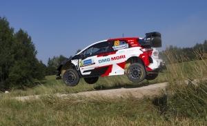 Kalle Rovanperä manda en el shakedown del Rally de Estonia