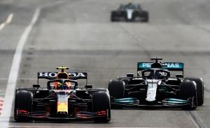 Mercedes y Red Bull también chocan en su visión del nuevo motor de 2025