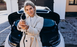 Por qué deberías comprar un coche eléctrico y por qué ahora