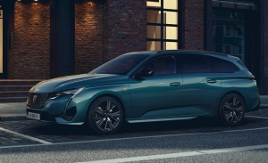 Peugeot 308 SW 2022, todos los precios del renovado y electrificado coche familiar