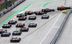 Sainz y Hamilton expresan sus dudas sobre el formato sprint: «Será un tren»