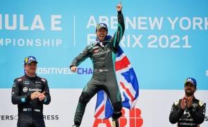 Sam Bird devuelve la iniciativa a Jaguar tras el ePrix de Nueva York