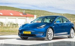 Europa - Junio 2021: El Tesla Model 3 roza una victoria histórica