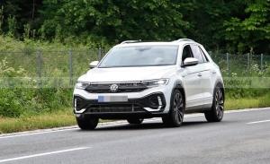 ¡Sin camuflaje! Los nuevos Volkswagen T-Roc y T-Roc R-Line facelift al desnudo