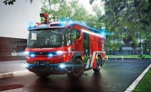 Volvo crea un novedoso esquema motriz para un revolucionario camión de bomberos eléctrico