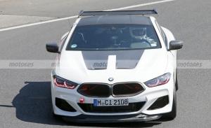 Más sobre el BMW M8 CSL: capó, LEDs y detalles rojos