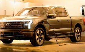 Ford dobla el objetivo de producción del F-150 eléctrico ante la avalancha de reservas