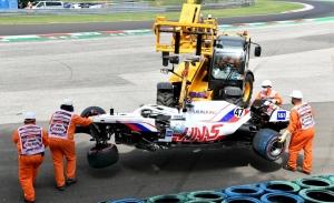 Haas, en alerta roja: «Demasiados accidentes excesivamente costosos»
