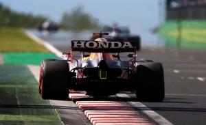 Honda detecta fallos en el motor de Verstappen, que correrá con una nueva unidad